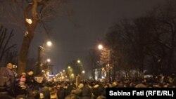 Mari proteste antiguvernamentale la București