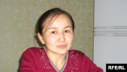 Жайнар Қажығұмарқызы, Қытайдағы қазақ жазушысы Қажығұмар Шабданұлының қызы. Алматы, 19 қараша 2009 жыл.