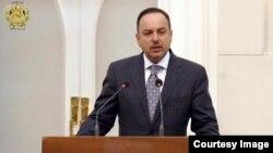 حکیمی: وزارتها ۶۵ درصد بودجه انکشافی شان را مصرف نکردهاند