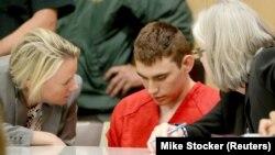 ԱՄՆ - Փարքլենդի դպրոցում 17 մարդու սպանության համար մեղադրվող Նիքոլաս Քրուզը Ֆլորիդայի դատարանում, 19-ը փետրվարի, 2018թ․