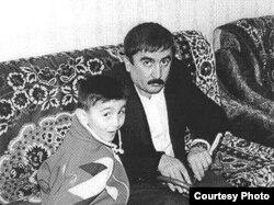 Elçin Səlcuq oğlu ilə
