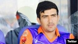 حضرت زازی یک عضو تیم ملی کریکت افغانستان با کسب ۱۶۲ دوش درین بازی ریکارد قایم کرد