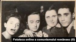 Elena Ceausescu la un bal al UTC ÎN 1939. Fototeca online a comunismului românesc, cota 2/1939