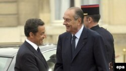 از زمان روی کار آمدن سرکوزی در فرانسه روابط تهران و پاریس نسبت به دوره ژاک شیراک از نوسانات زیادی برخوردار بوده است.