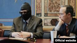 Григорий Родченков АҚШ сенаторларымен кездесіп отыр. Вашингтон, 23 наруыз 2018 жыл