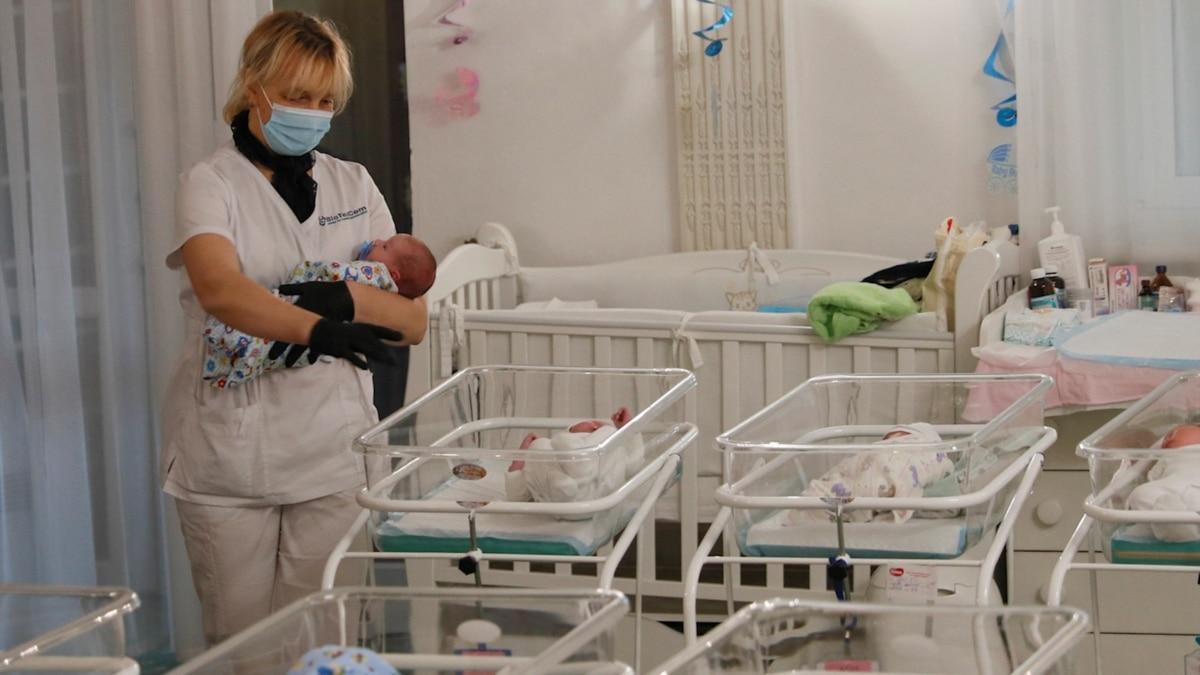 Суррогатное материнство на карантине: что будет с детьми и запретят ли иностранцам услуги в Украине?