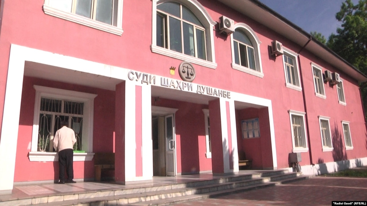 Prosecutor Seeks Lengthy Prison Terms For Tajik Police Officers Charged With Torture