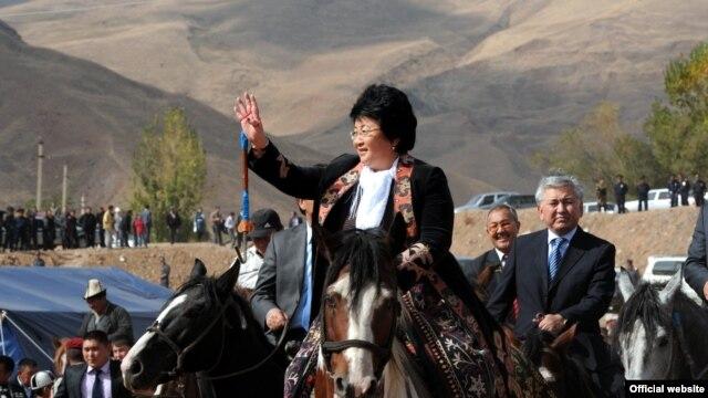 Otunbaeva visits the Kyrgyz region of Osh in October 2011.
