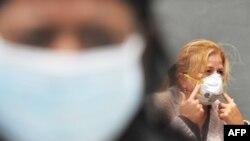 مسئولان شهر مکزيکو، پايتخت مکزيک، برای جلوگيری از شيوع ويروس آنفلوانزای خوکی، به رستوران ها دستور داده اند تا از نشستن مشتریان در محل جلوگيری کنند.
