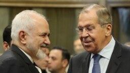 محمد جواد ظریف (راست)و سرگئی لاوروف، وزیران حارجه ایران و روسیه