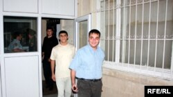 Молодые активисты Аяз Халилов и Ахад Мамедли освобождены