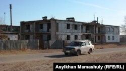 В селе Кенгир на окраине Жезказгана. 29 октября 2013 года.