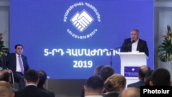 Armenia -- Parliament deputy Sasun Mikaelian speaks at a congress of the ruling Civil Contract party, Yerevan, June 16, 2019.