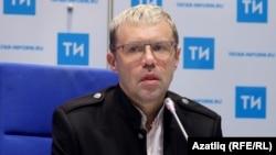Александр Слюсаренко