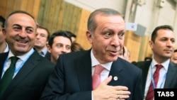 Президент Турции Реджеп Эрдоган и министр иностранных дел Мевлют Чаушоглу