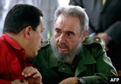 Уго Чавес и Фидель Кастро. Гавана, 3 февраля 2006 года.
