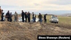 За повідомленнями місцевої преси, це кратер від однієї з іранських ракет, що мали бути націлені на базу військ США неподалік Ербіля, Іракський Курдистан, 8 січня 2020 року
