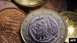Грекиядағы еуро монеттері.