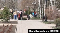 Парк в окупованому Донецьку