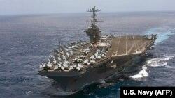 Американський авіаносець «Гаррі Трумен» в Атлантичному океані. Липень 2016 року