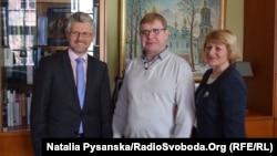 Посол Андрій Мельник приймає Володимира і Олену Жемчугових, Берлін, 22 березня 2017 року
