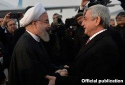 Serzh Sarkisian və Hassan Rouhani Yerevan aeroportunda, 21 Dek 2016