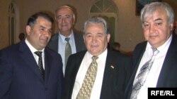 Ифтитоҳи канисаи нави яҳудиён дар Душанбе, ки Ҳасан Асадуллозода тақдим карда буд. Моҳи майи соли 2009