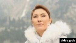 Әлия Назарбаева «Пробуждение» фильмінде.