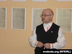 Ігар Пушкін прадстаўляе выставу