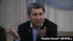Ислам өркендеу партиясының жетекшісі Мұхиддин Кабири. Тәжікстан, 10 қыркүйек 2013 жыл.