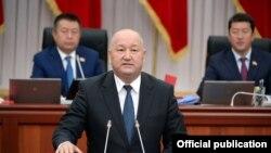 Жеңиш Разаков