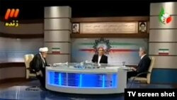 نمایی از مناظره تلویزیونی میر حسین موسوی و مهدی کروبی در روزهای تبلیغات انتخابات ریاست جمهوری ایران