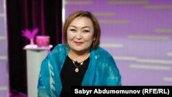 Улукбүбү Амирова «Азаттыктын» телестудиясында. Май. 2018-жыл.