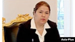 Озода Рахмон, дочь президента Таджикистана Эмомали Рахмона. 4 сентября 2009 года.