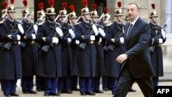 Ֆրանսիա - Ադրբեջանի նախագահ Իլհամ Ալիեւը Ելիսեյան պալատում, 9-ը դեկտեմբերի, 2009թ.
