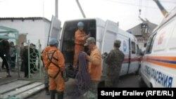 На месте трагедии, Кара-Суу, 3 ноября 2012 года.