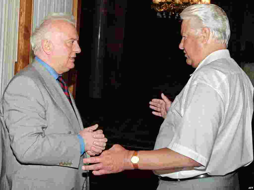 Georgian President Eduard Shevardnadze visits Boris Yeltsin at the Russian president's summer residence in the Black Sea resort of Sochi in 1994.