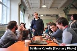 Hack4energy 2015 (у центрі – Роман Зінченко, співзасновник Greencubator)