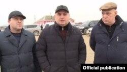 Муса Мусаев, в центре (архивное фото)