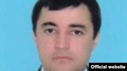 Алишер Султанов.