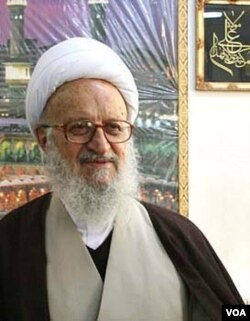 Аятолла Насер Макарем Ширази.