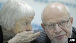 Правозащитники Людмила Алексеева и Михаил Федотов