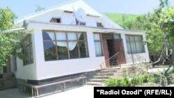 Дом отца Мухиддина Кабири в Файзабаде