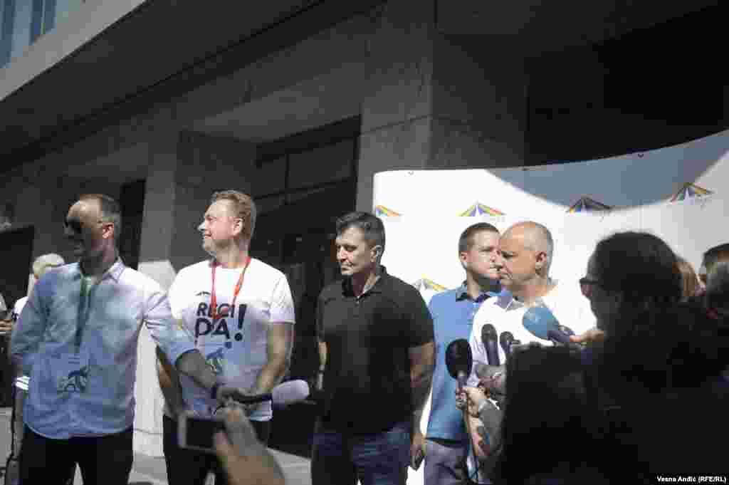 Мэр Белграда Зоран Радойчич на гей-параде.