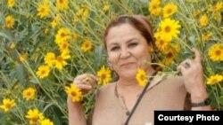 Гули Зард, нависандаи тоҷик