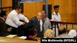 فريد الديب، محامي الرئيس المصري الأسبق حسني مبارك في المحكمة بالقاهرة