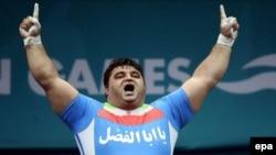 قوی ترين مرد جهان حتی از شرکت در مسابقه های قهرمانی آسيا که از ۲۲ تا ۲۸ آوريل در شن دونگ چين برگزار می شود هم صرف نظر کرده است.