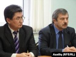 Фаил Фәтхединов (с) һәм Рәдис Ногманов