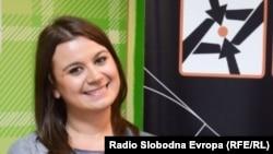 Ивана Петковска, предавач на Учиме право програмата на Младински образовен форум.