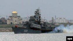 Ukraine -- A Russian Navy ship arrives at the harbor of Sevastopol, Crimea, March 6, 2014